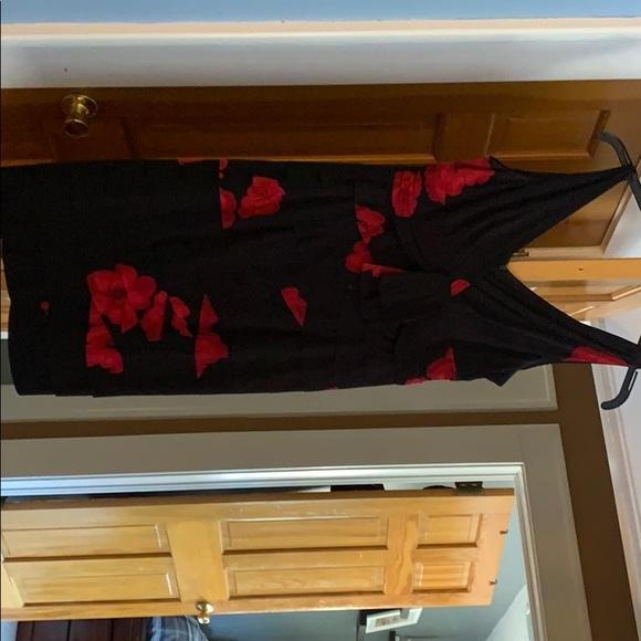 Jones Wear Dresses & Skirts - Dress
